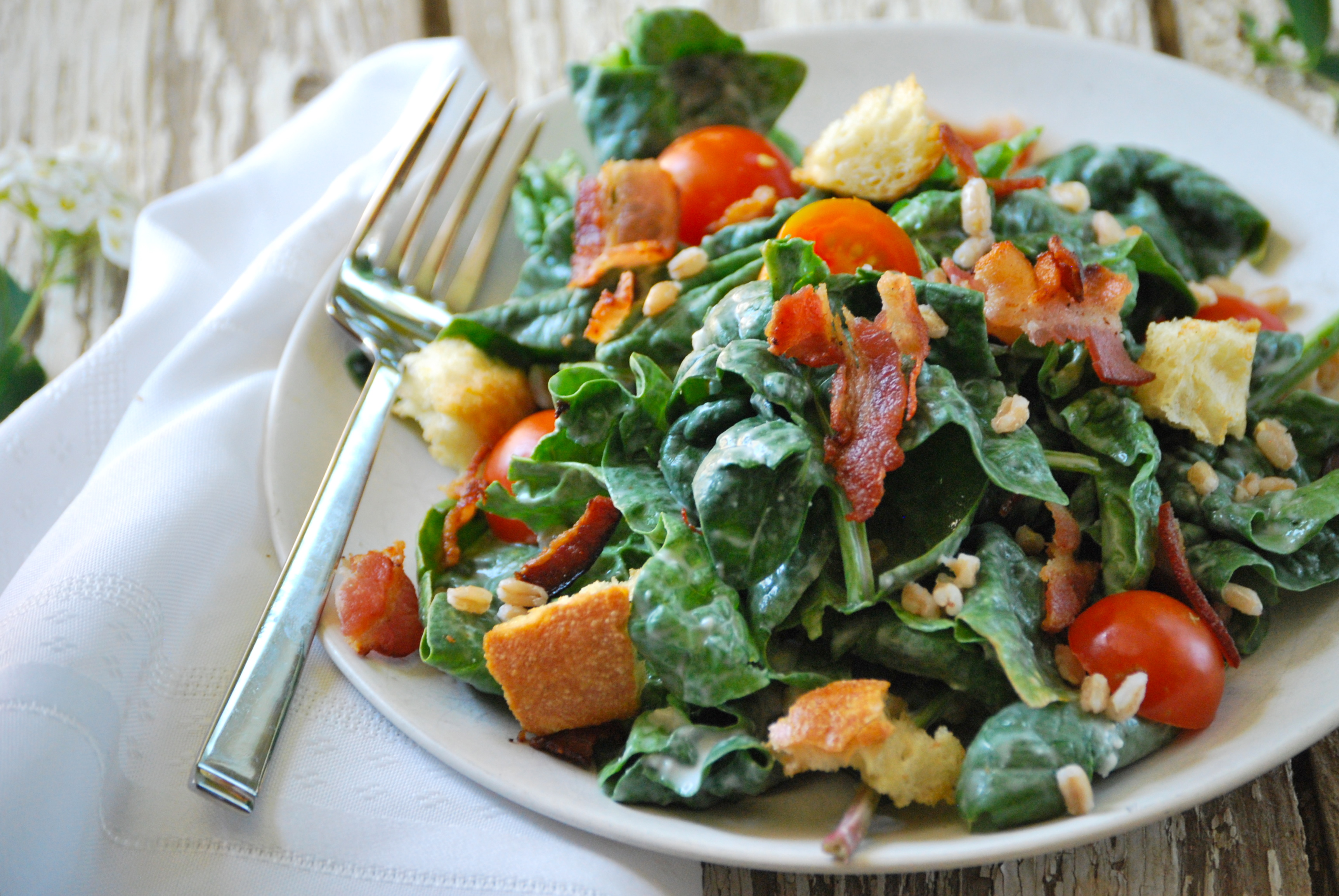Spinach, Farro, and Bacon Salad with Gorgonzola Dressing ...