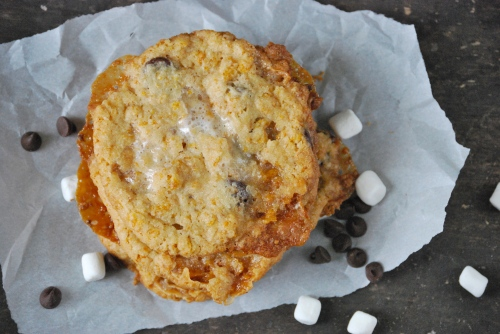 Momofuku's Cornflake Chocolate Chip Marshmallow Cookies via Relishing It