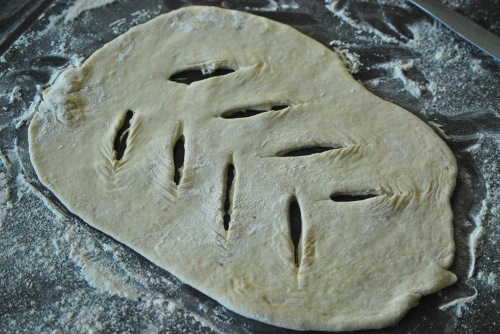 Simple Fougasse via Relishing it
