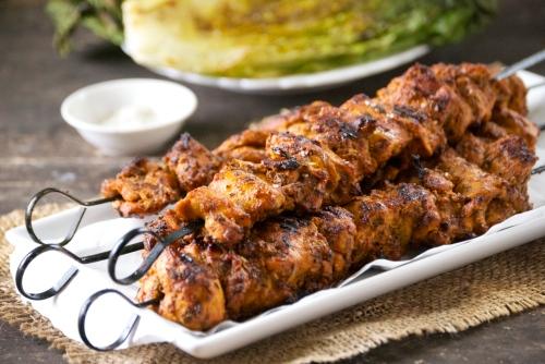 Pincho Moruno (Adobo Marinated Chicken Kabobs) | Relishing It